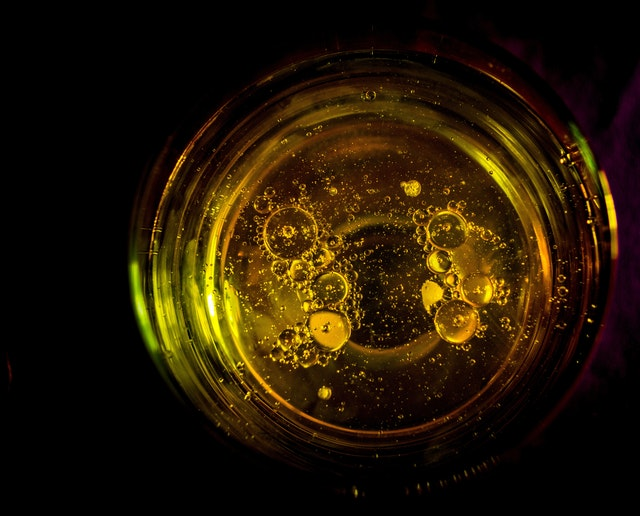 Photo of dirty cooking oil