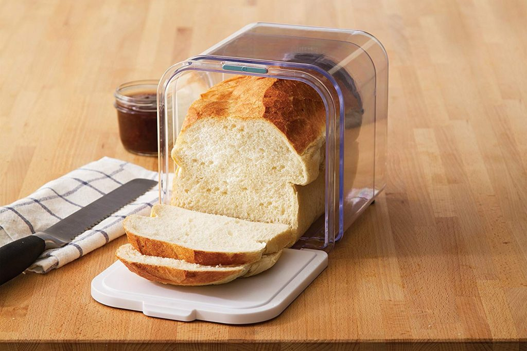 Plastic bread keeper box