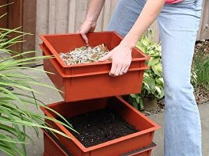 Worm Factory 360 composting trays